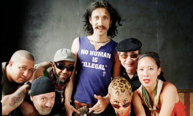 """La gipsy punk band Gogol Bordello sarà in Italia a Novembre per 3 date del """"Pura Vida Conspiracy Tour"""""""