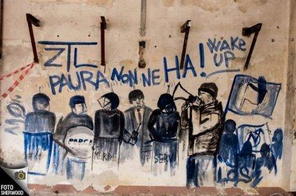 Foto articolo occupazione caserma Piave a Treviso (01)